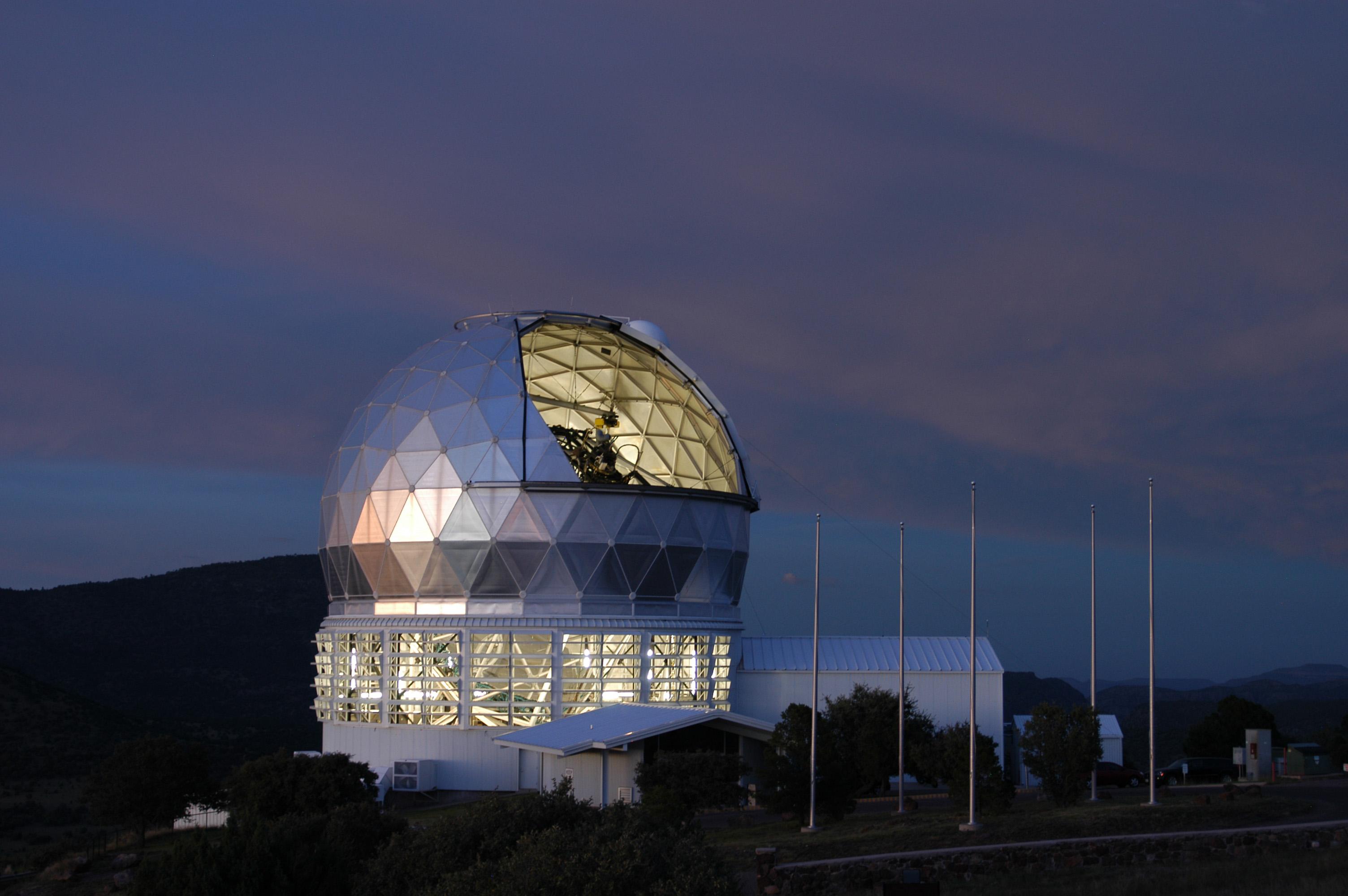 het night jpg mcdonald observatory