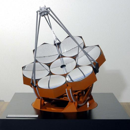 Model of the Giant Magellan Telescope.